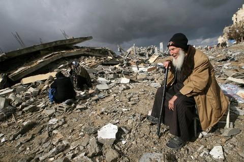 http://bimchat.files.wordpress.com/2009/01/gaza-strip-war.jpg